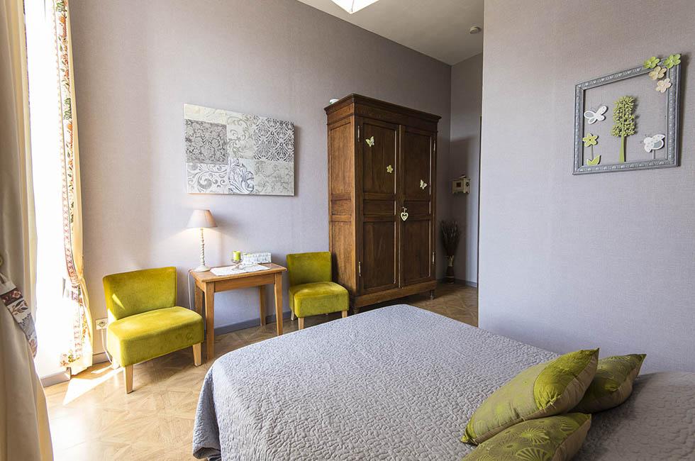 Chambre d 39 hote proche saint pierre saint jean for Ardeche chambre hote